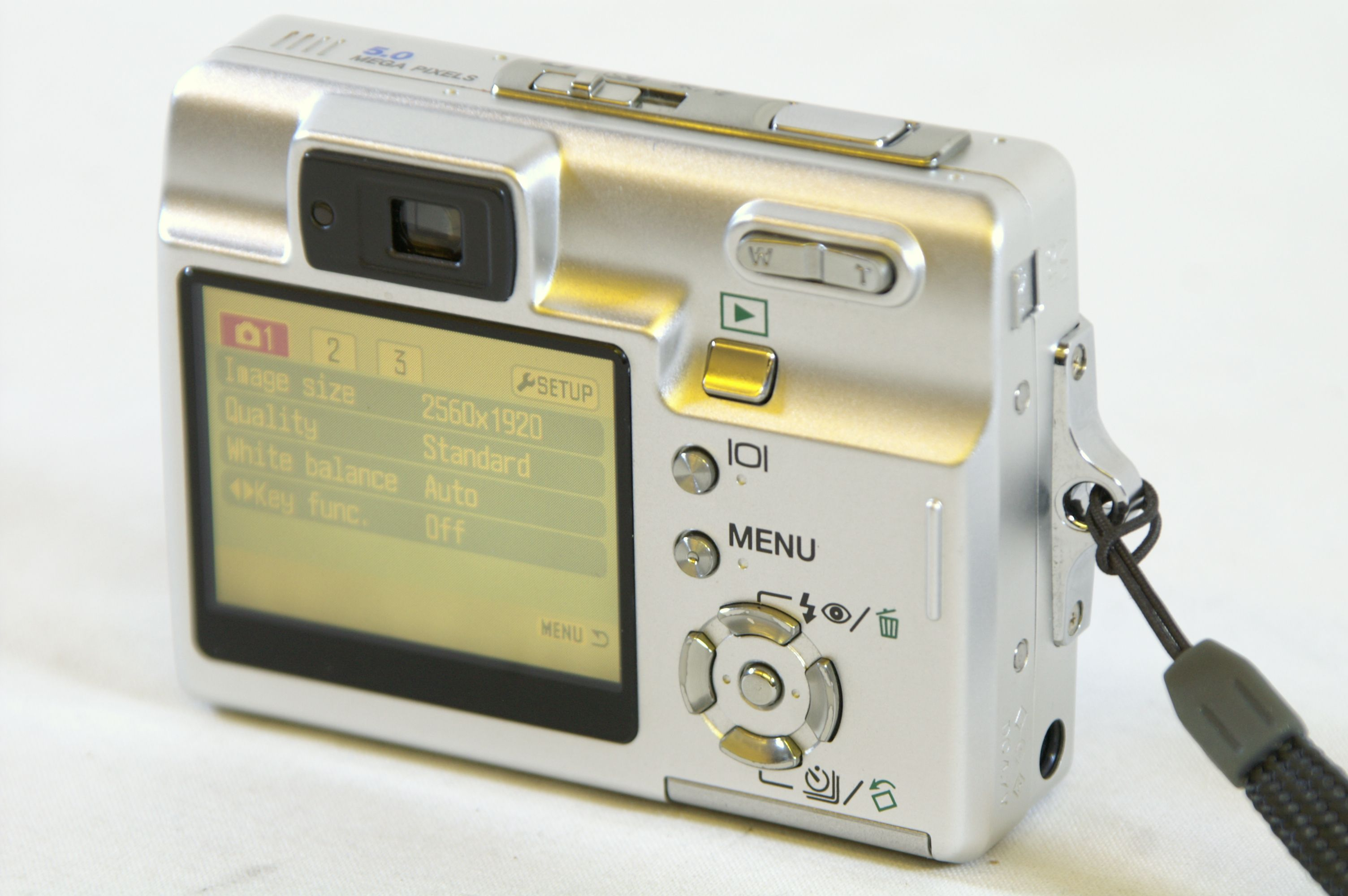 Konica Minolta Dimage X50 5.0MP Digital Camera with SD Card Bundle 5. Open  Full-Size Image
