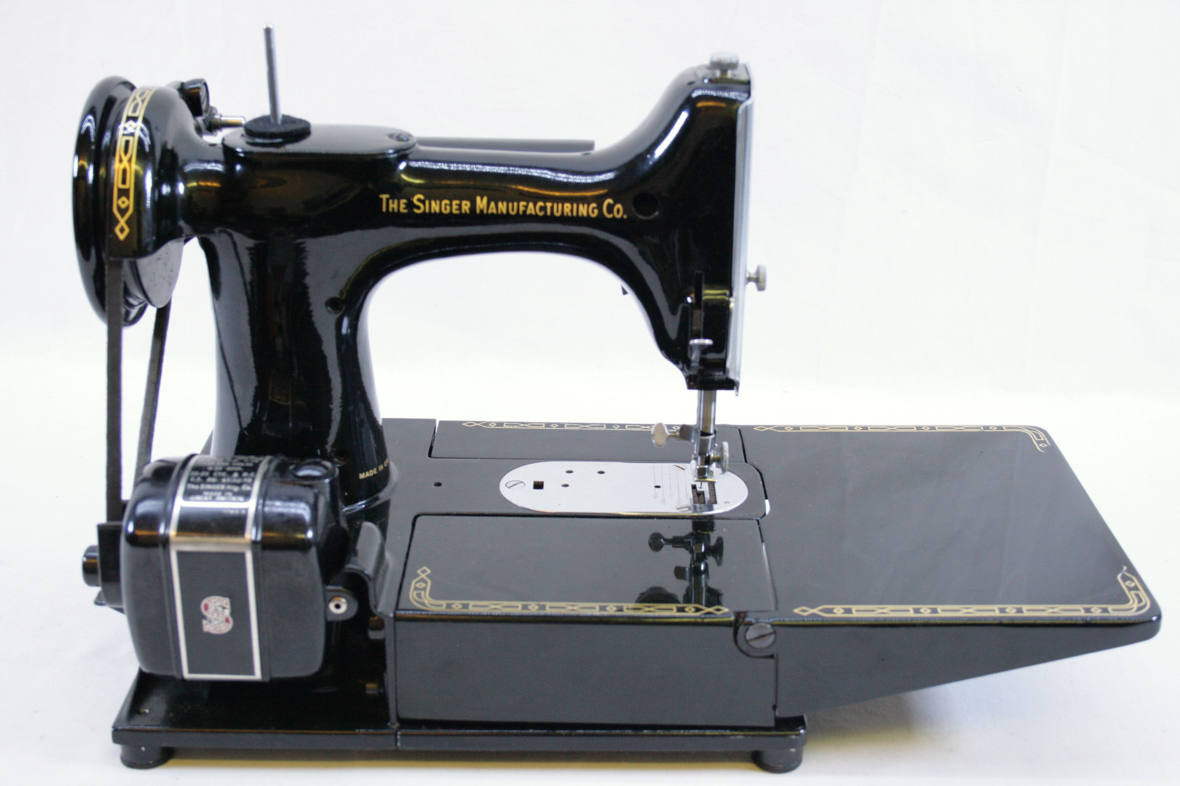Electrical Sewing Machine : Singer featherweight k electric sewing machine with