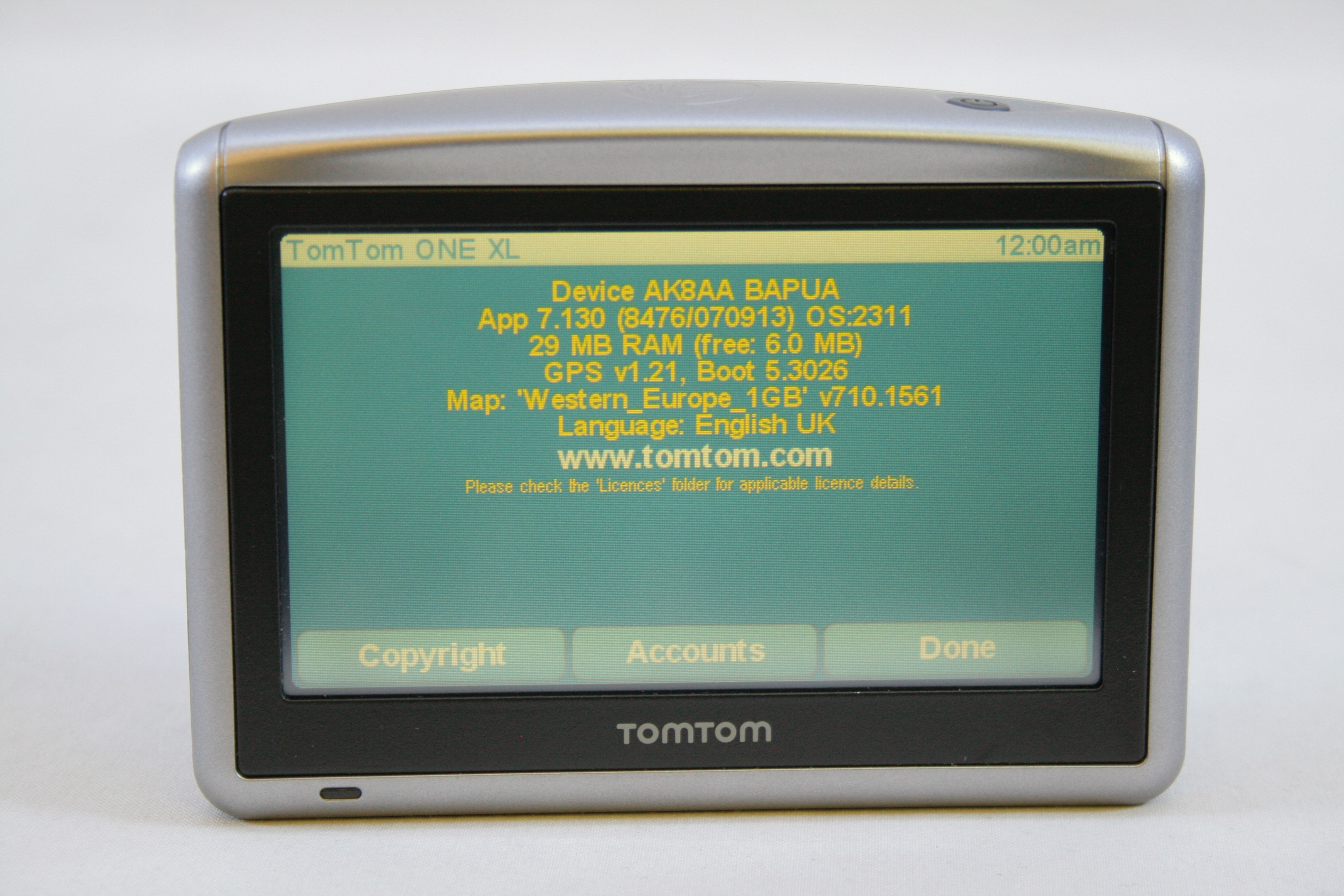 gps tomtom xl classic. Black Bedroom Furniture Sets. Home Design Ideas