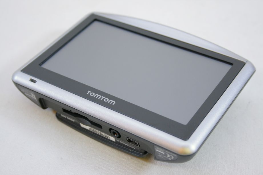 tomtom one xl classic gps sat nav western europe maps. Black Bedroom Furniture Sets. Home Design Ideas