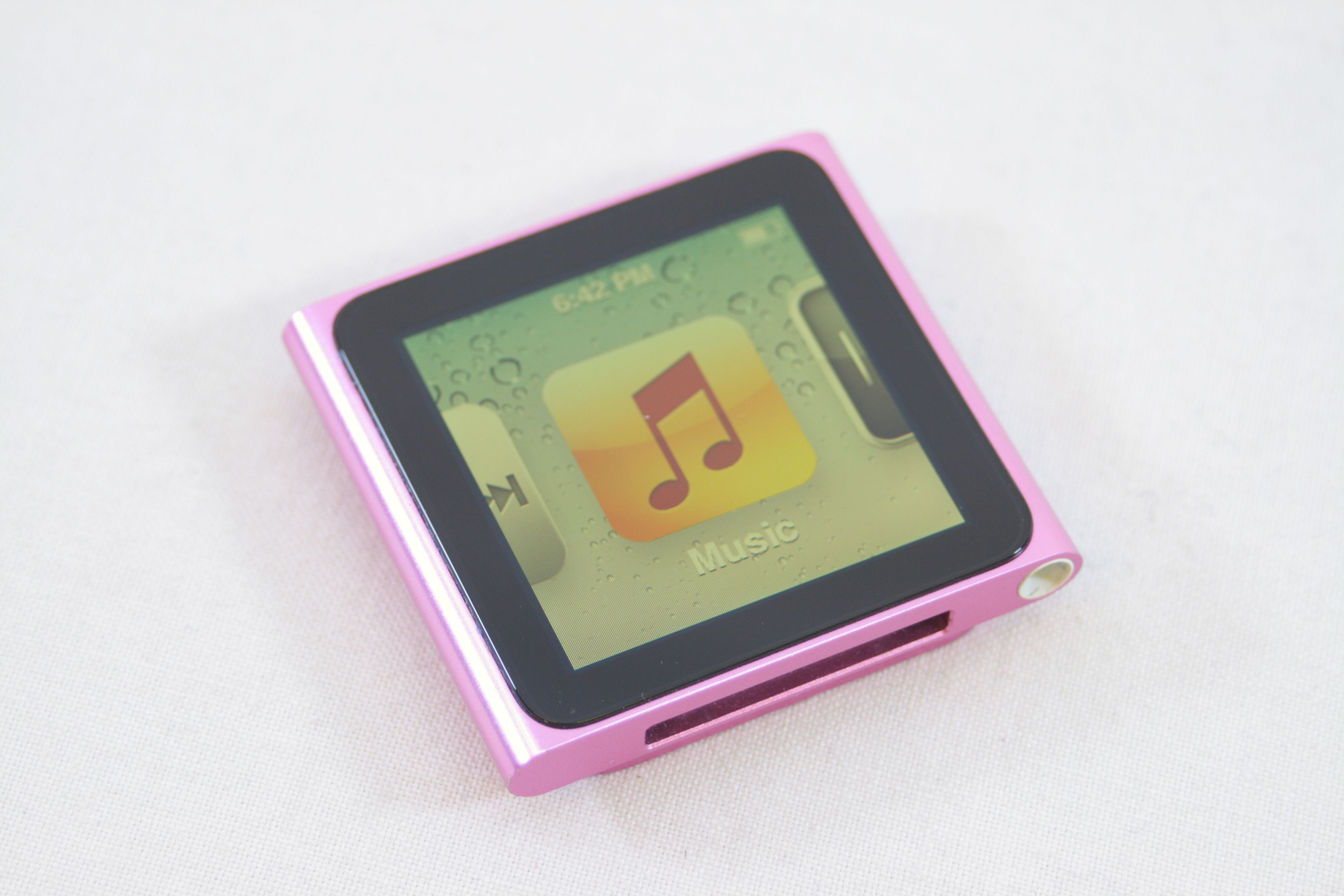 Apple iPod nano 6th Generation Pink (8GB) 1. Open Full-Size Image