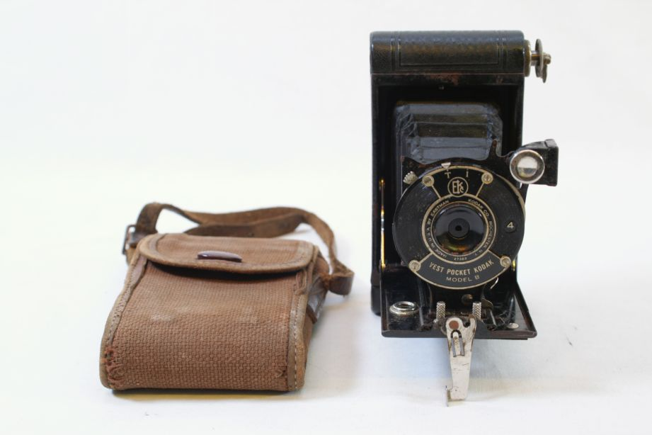 Vintage Kodak Vest Pocket Model B 127 Film Camera