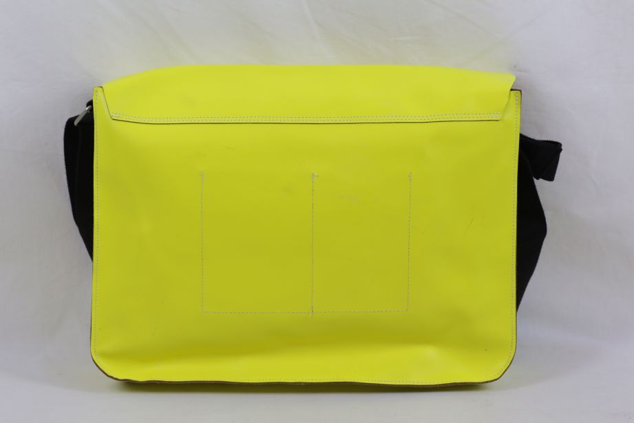 Undercover Large Leather Messenger Bag - Neon Yellow 2