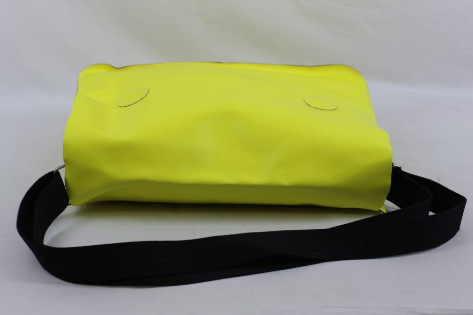 Undercover Large Leather Messenger Bag - Neon Yellow 3