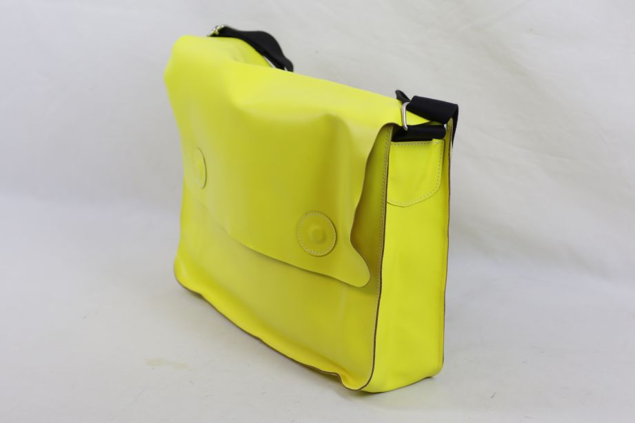 Undercover Large Leather Messenger Bag - Neon Yellow 5