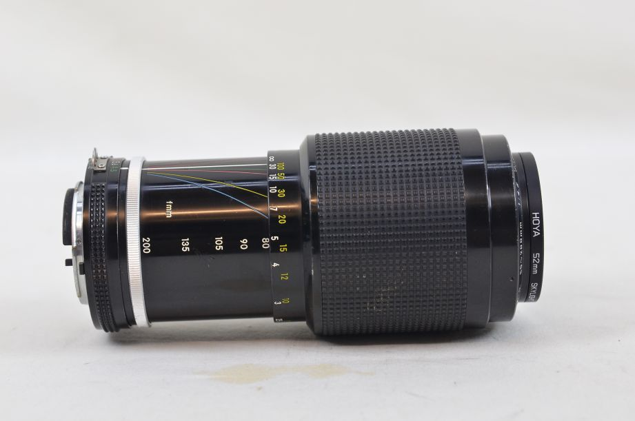 Nikon Zoom-NIKKOR 80-200mm f/4.5 AI-s with 52mm Hoya Skylight Filter 2