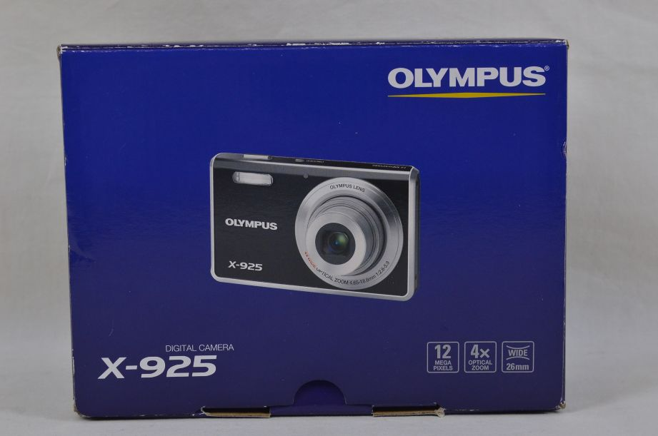 Olympus X-925 (FE-4000) 12.0MP Digital Camera - Black - 2GB XD Picture Card 10
