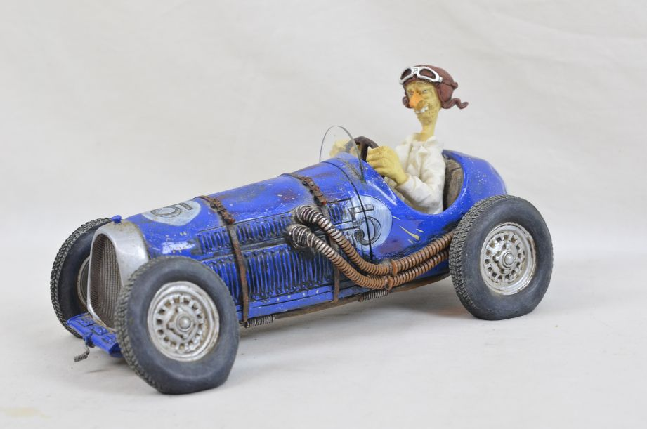 "Guillermo Forchino ""The Blue Hurricane"" Antique Race Car Figurine FO85001"