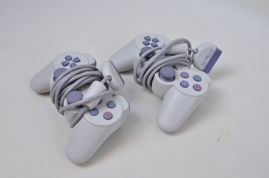 Sony PS One Console 3 Games 2 Controllers RFU Adaptor 9