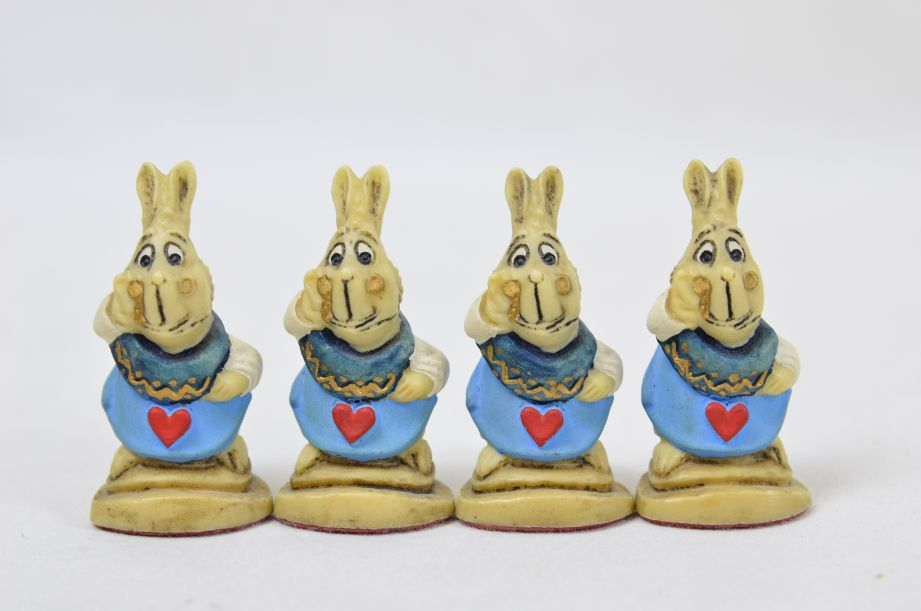 Studio Anne Carlton Hand-Painted Alice in Wonderland Chess Set Pieces 12
