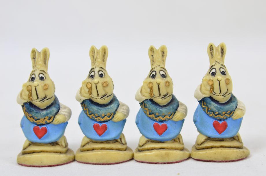 Studio Anne Carlton Hand-Painted Alice in Wonderland Chess Set Pieces 14