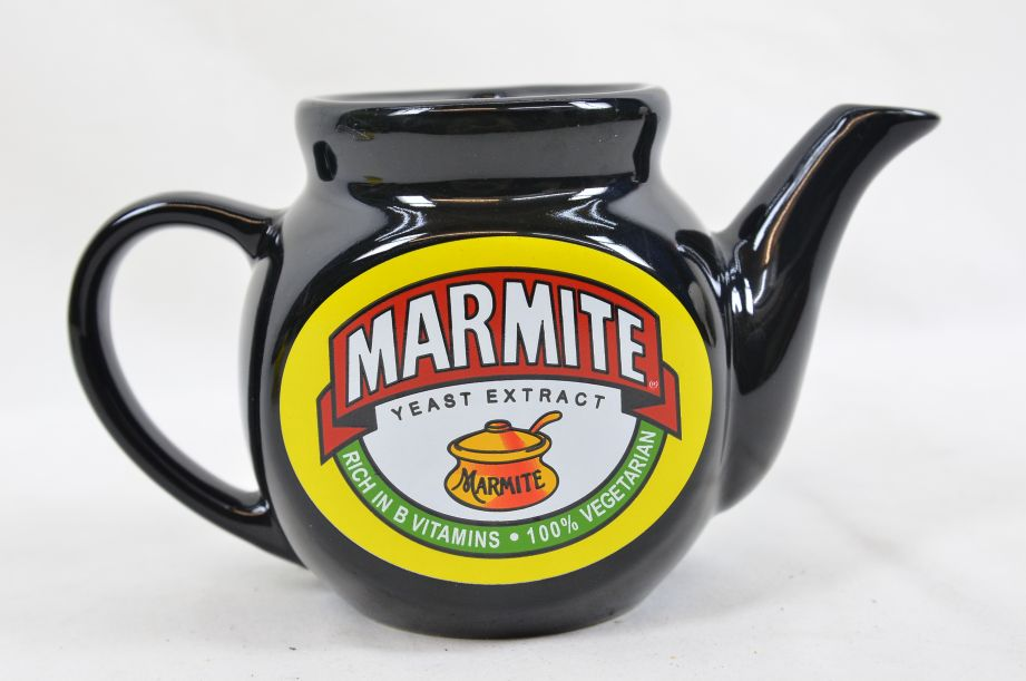 Marmite Collectable Tea Set - Teapot with Two Mugs 2