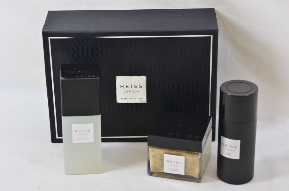 Reiss London Bath Collection Gift Set for Men 1