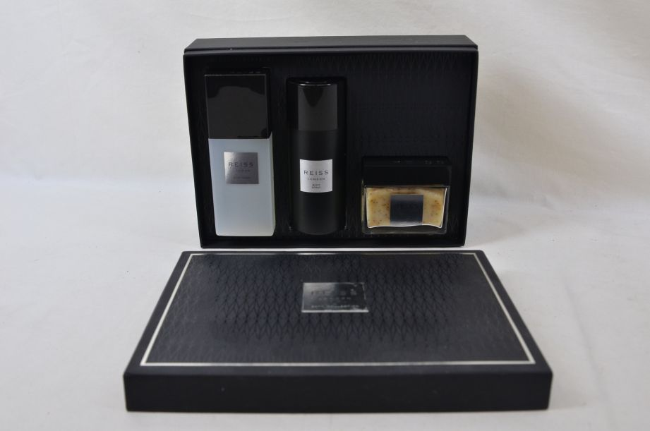 Reiss London Bath Collection Gift Set for Men 5