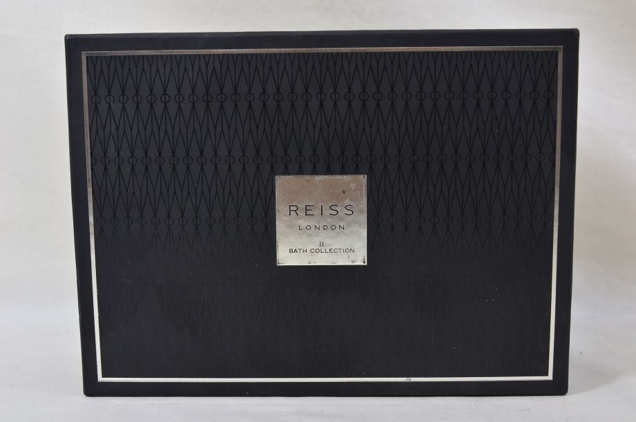 Reiss London Bath Collection Gift Set for Men 6