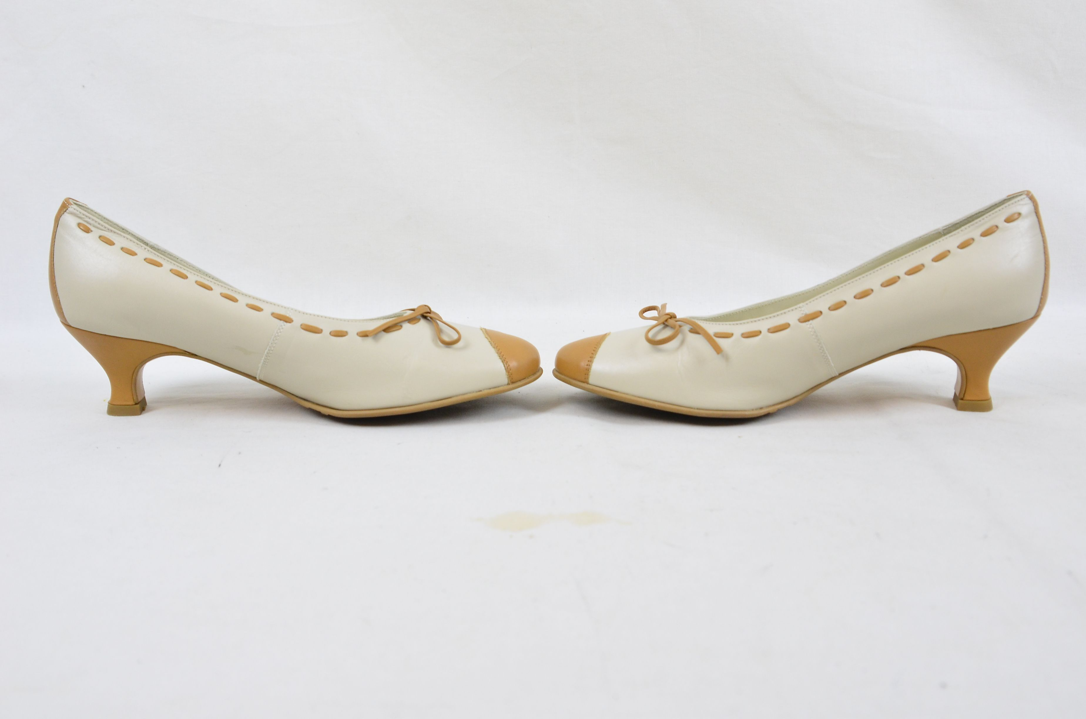 282b39df Hotter Comfort Concept White Tan Leather Ladies Shoes UK Size 4.5 6. Open  Full-Size Image