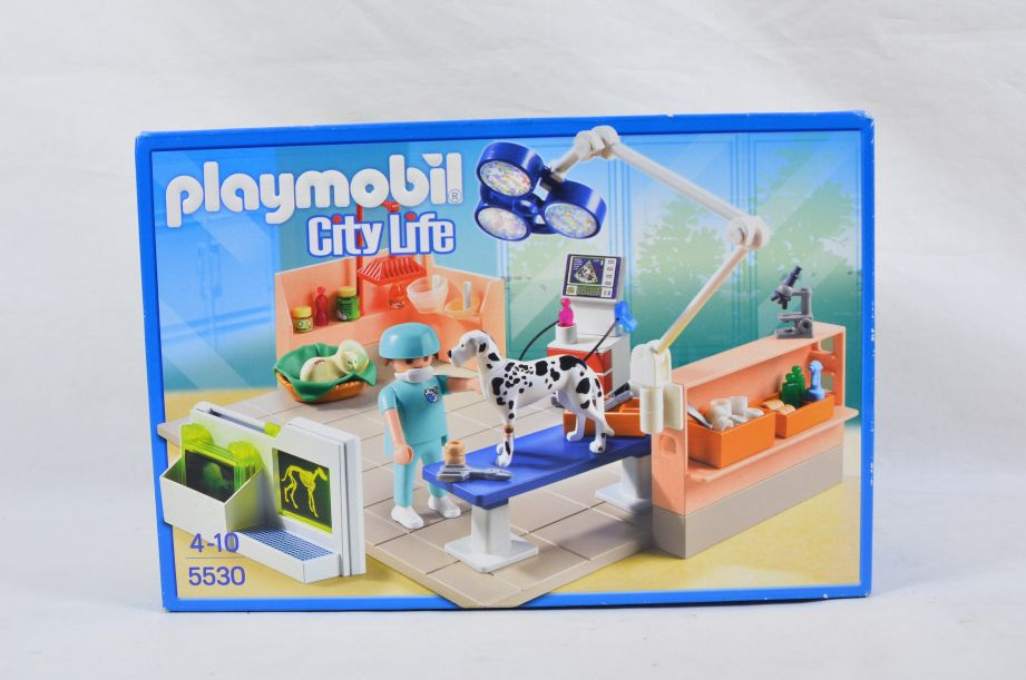 Playmobil 5530 City Life Vets Pet Examination Room