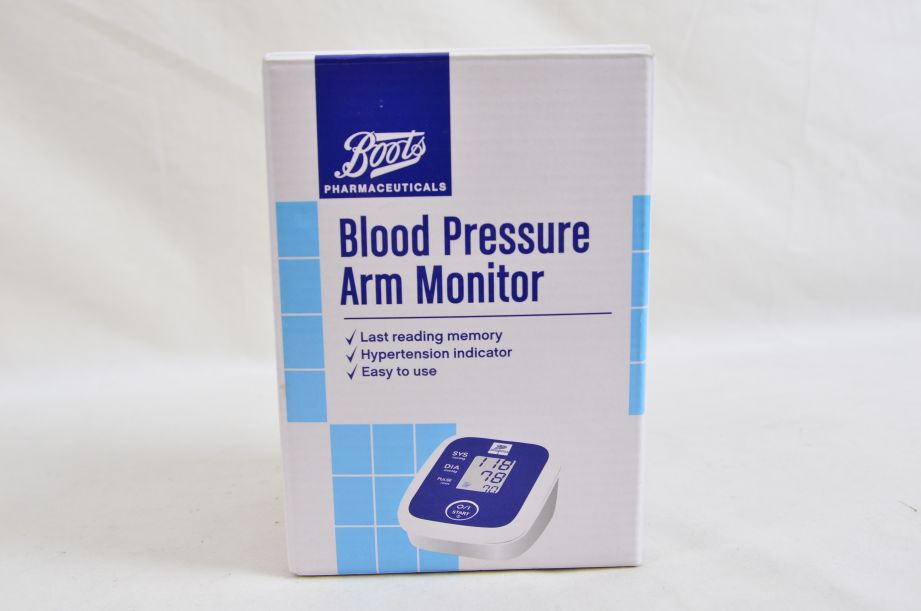 Boots Blood Pressure Arm Monitor Untested 56-90-447 2