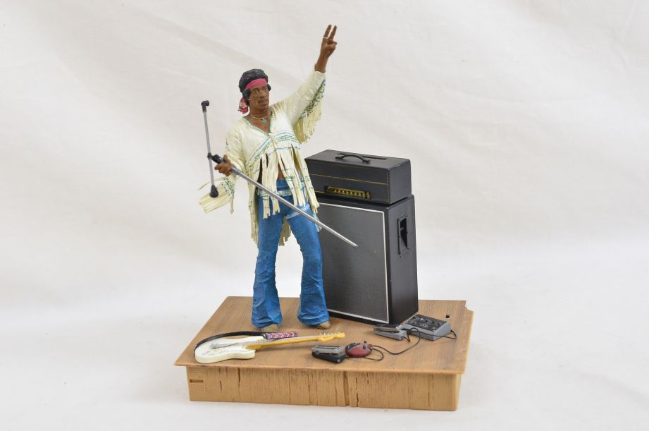 Mcfarlane Jimmy Hendrix At Woodstock Aug 18th 1969 Action Figure Diorama 1