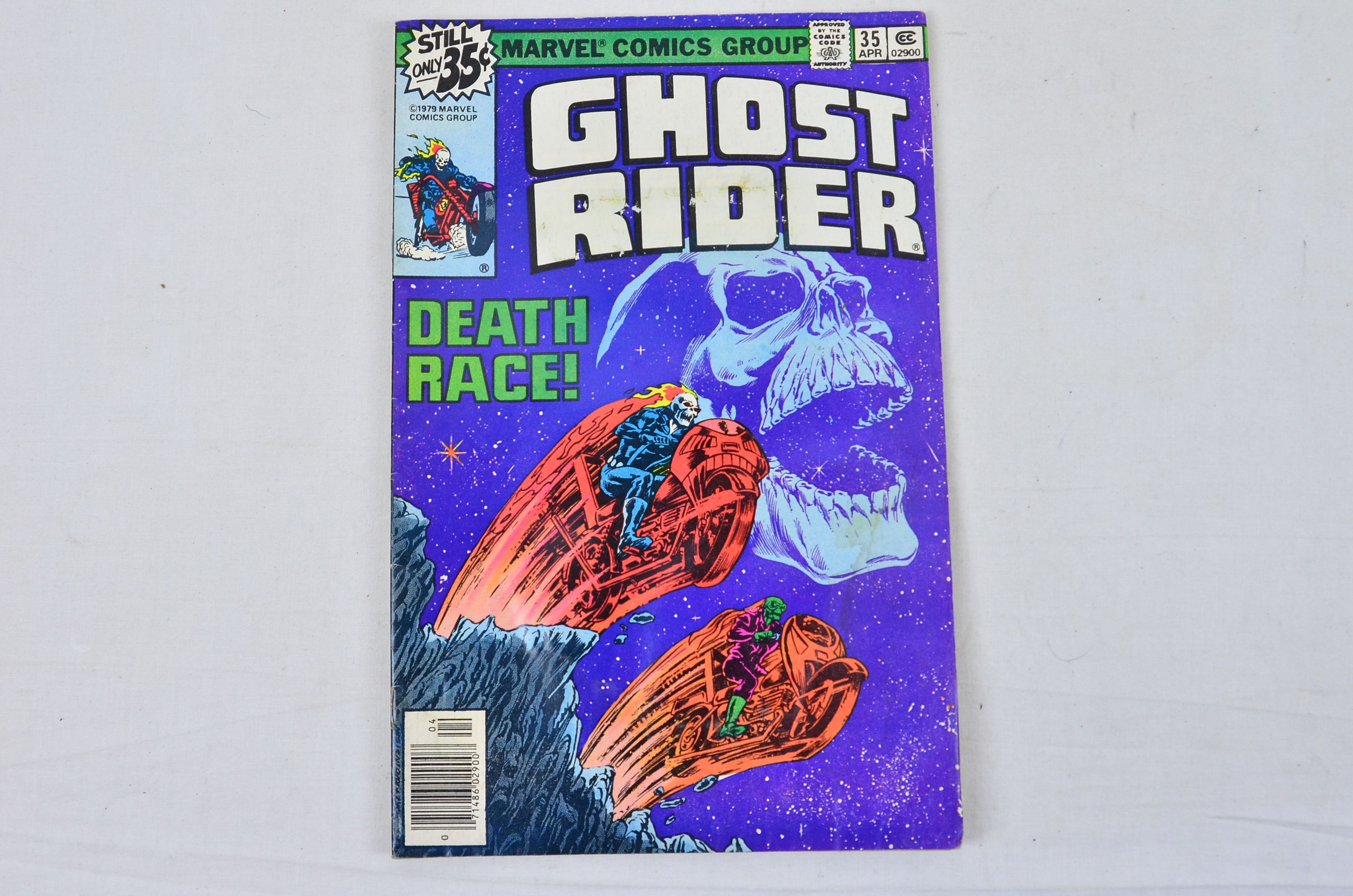Vintage Marvel Comics Group Ghost Rider Co-Starring Daredevil Collectable Comic Thumbnail 2