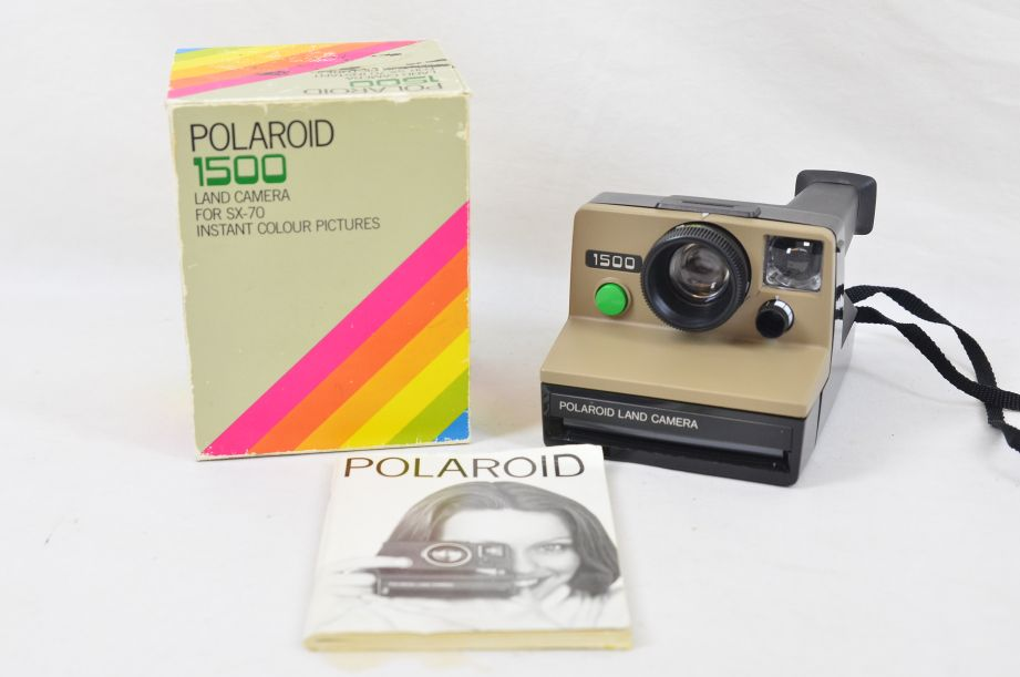 Vintage Polaroid 1500 Land Camera For SX70 Instant Colour Pictures Instamatic