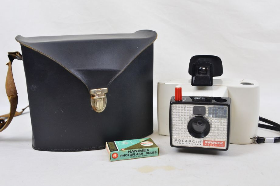 Vintage Polaroid Land Camera Swinger Model 20 Instant Print Instamatic