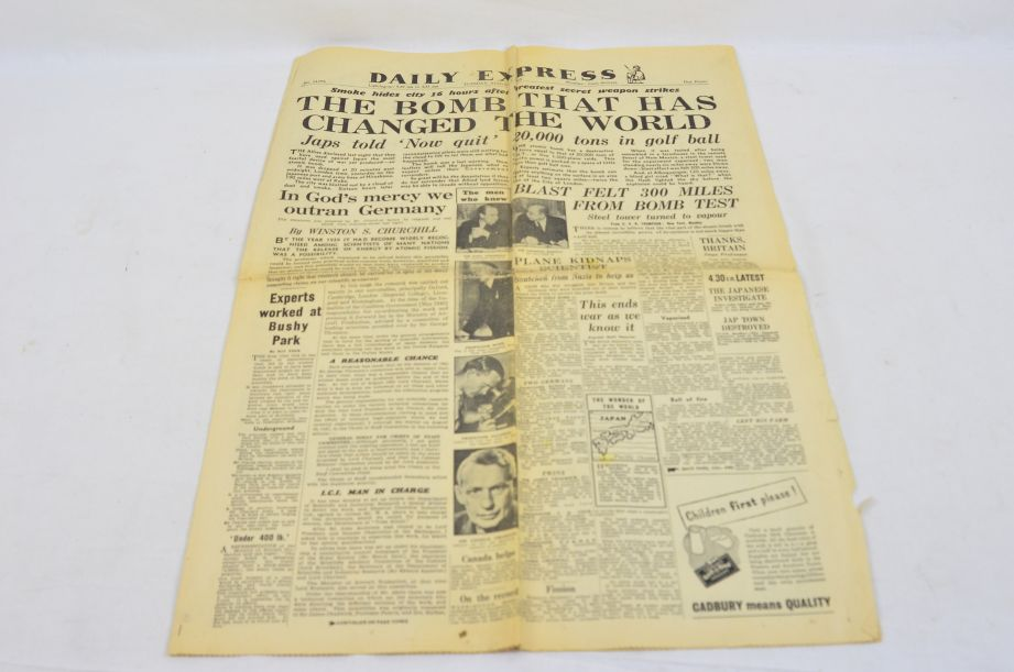 Daily Express August 7 1945 The Bomb That Has Changed The World Newspaper 1