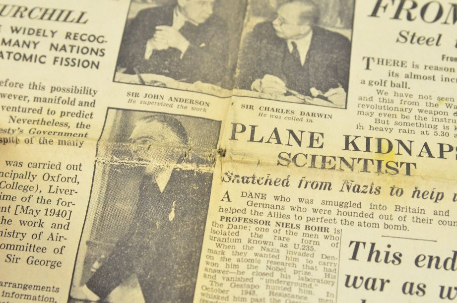 Daily Express August 7 1945 The Bomb That Has Changed The World Newspaper 2