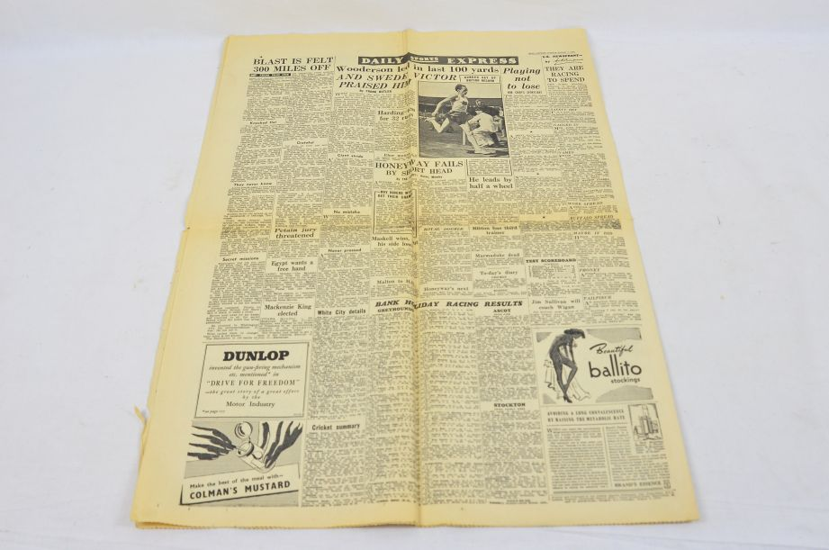 Daily Express August 7 1945 The Bomb That Has Changed The World Newspaper 4