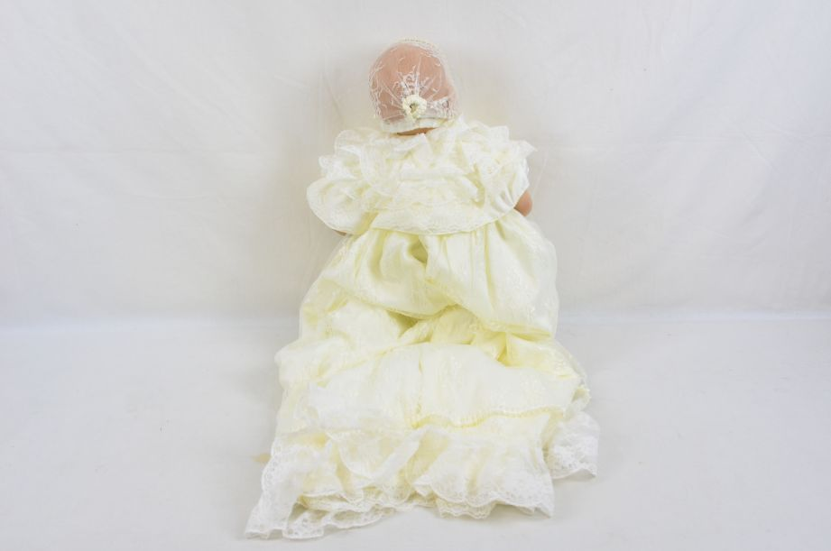 Royal Baby Christening Collectable Doll Prince George - Danbury Mint 3