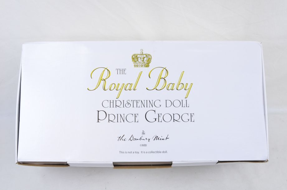 Royal Baby Christening Collectable Doll Prince George - Danbury Mint 8