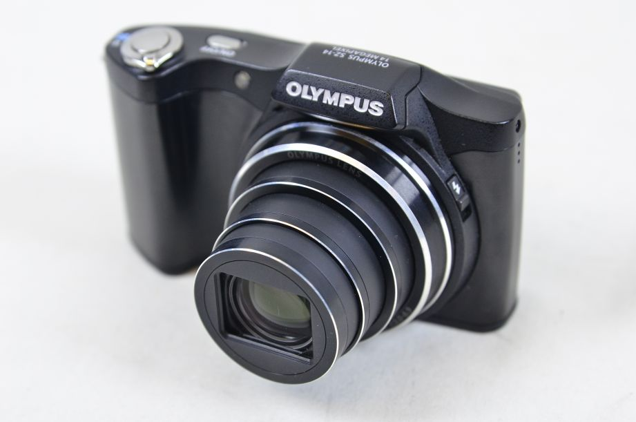 Olympus S Series SZ-14 14.0MP Digital Camera - Black 2