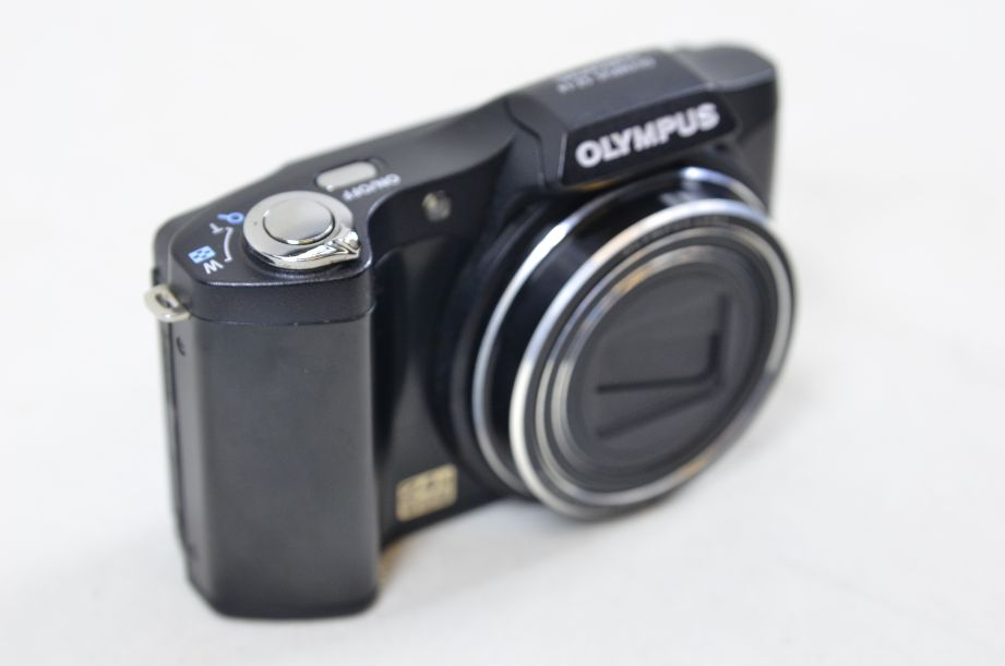 Olympus S Series SZ-14 14.0MP Digital Camera - Black 3