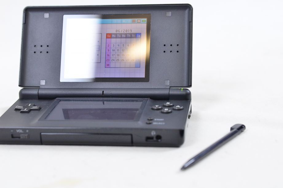 Nintendo DS Lite Portable Handheld Gaming Console - Onyx Black with Charger 1