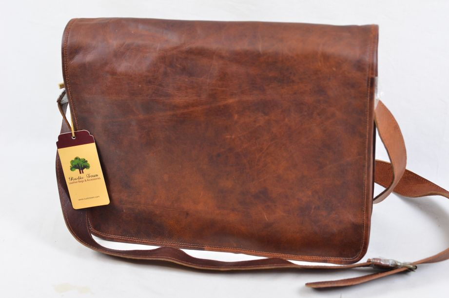 "Rustic Town Brown Leather Artisian 15"" Messenger Bag 1"
