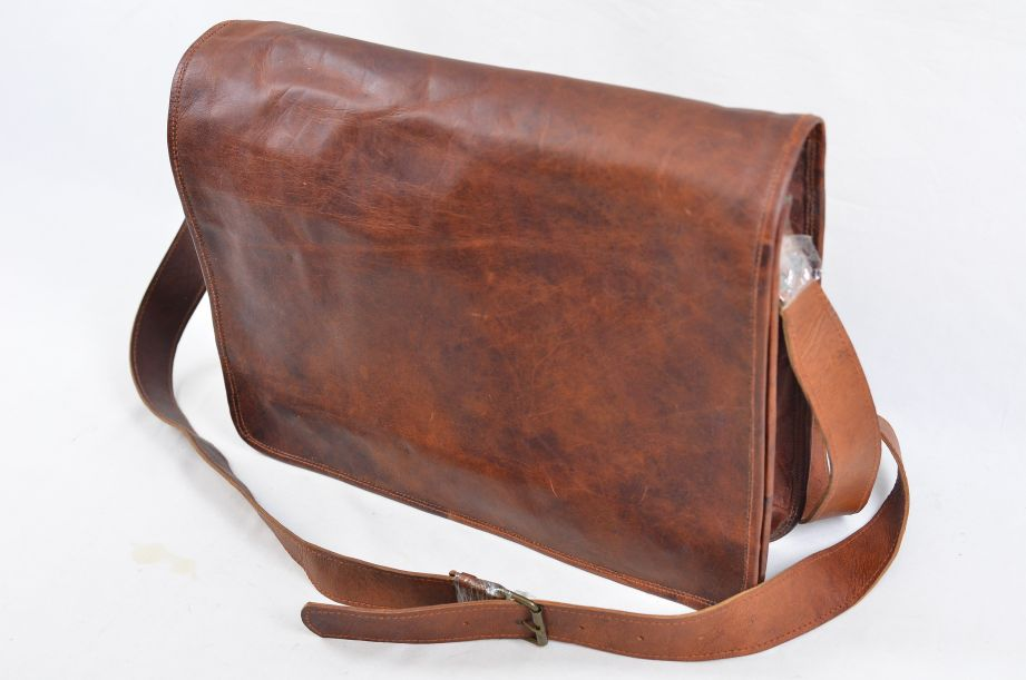 "Rustic Town Brown Leather Artisian 15"" Messenger Bag 2"