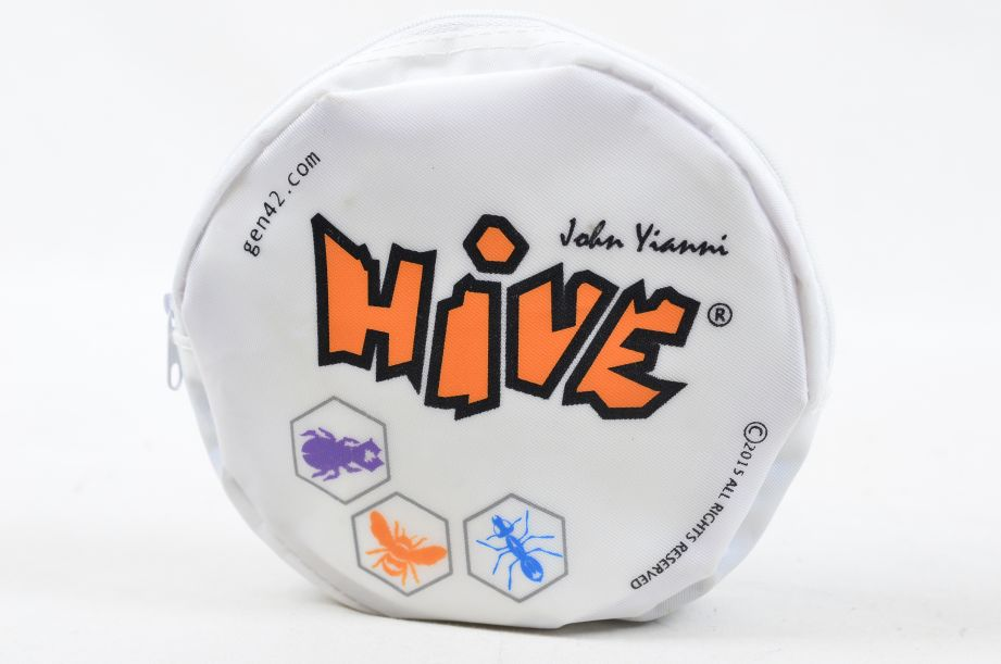 Hive - A Game Buzzing With Possibilities by John Yianni - Gen42 Games 1