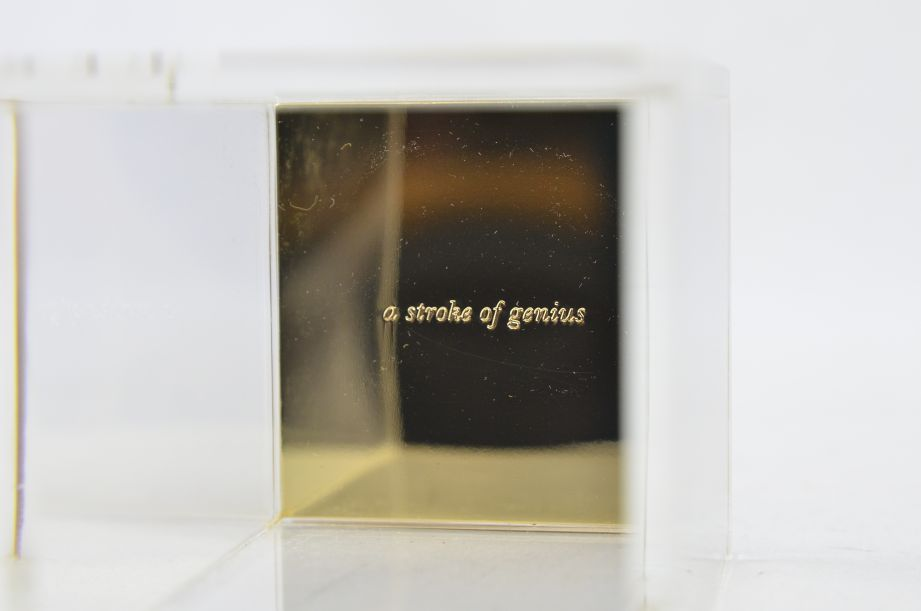 """Kate Spade New York """"a stroke of genius"""" Acrylic Pencil Cup/Holder - Gold 3"""