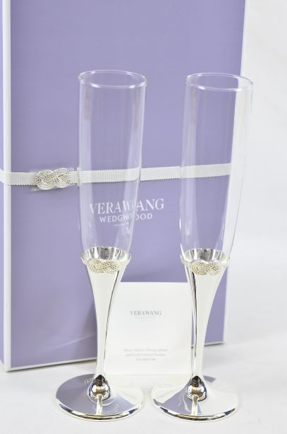 Vera Wang Wedgwood Infinity Champagne Toasting Flute Pair
