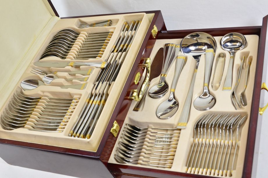 Prima Carisbrooke 95pc Canteen Cutlery Set - Stainless Steel & Gold Plated 2