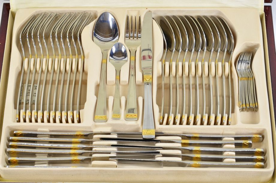 Prima Carisbrooke 95pc Canteen Cutlery Set - Stainless Steel & Gold Plated 4