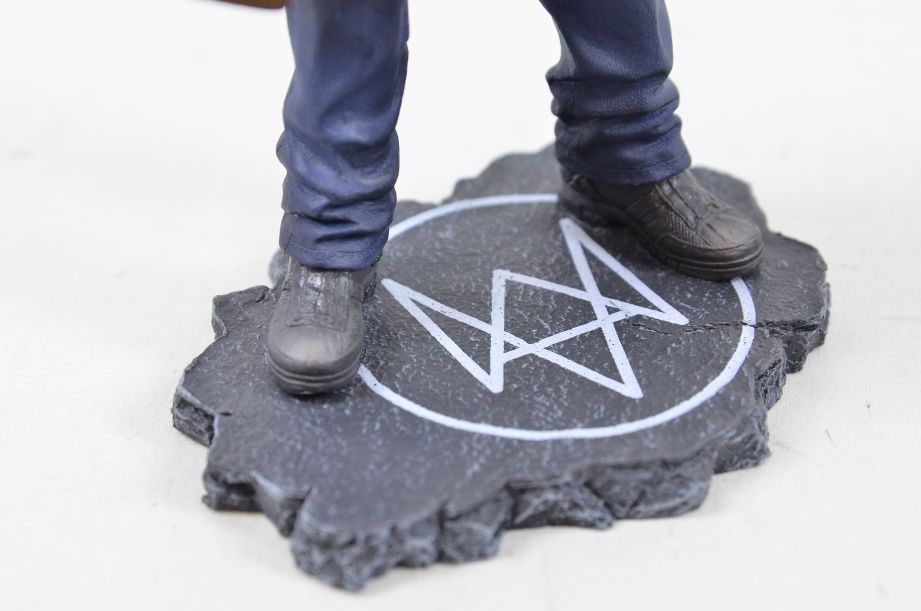 Watch Dogs Aiden Pearce Ubicollectibles Figurine PVC Statue 6
