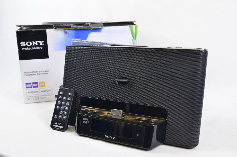 Sony XDR-DS16iP DAB Alarm Clock Radio Dock System for iPhone/iPod