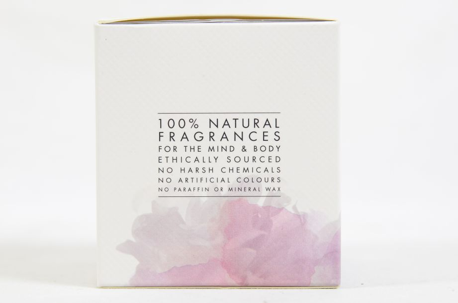 Neom Organics Scent to Calm & Relax Scented Candle 185g 5