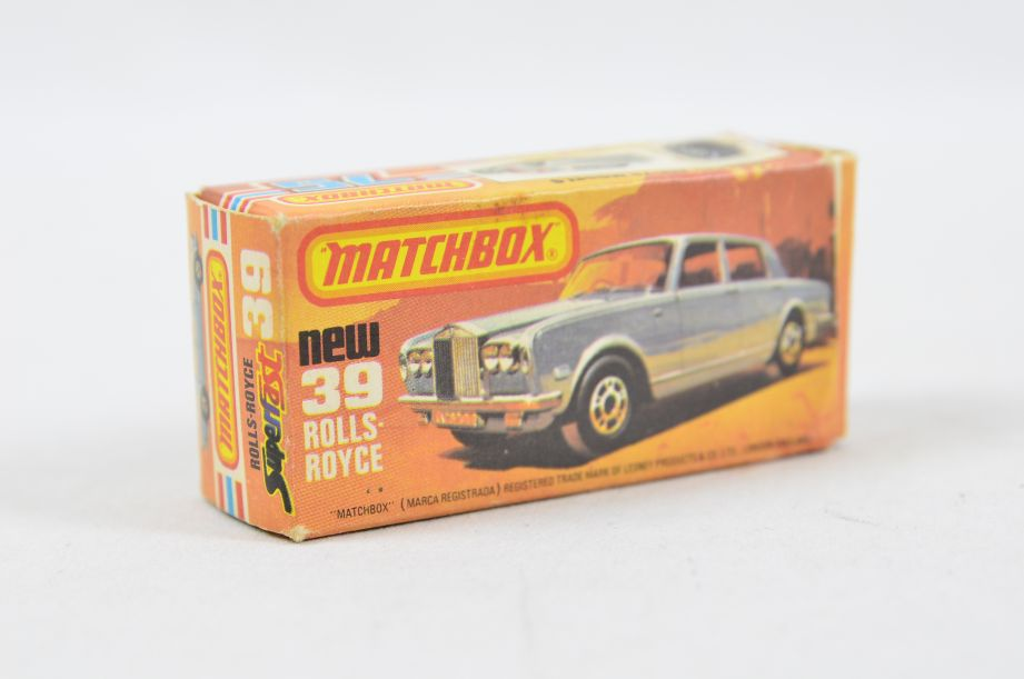 Matchbox Superfast #39 Rolls Royce Silver Shadow - Gold Body, White Interior 14