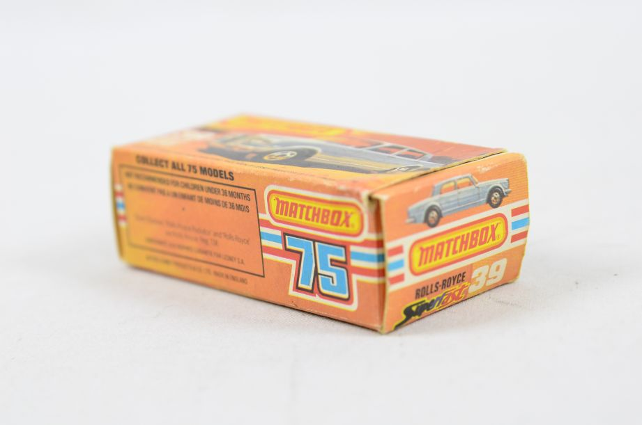 Matchbox Superfast #39 Rolls Royce Silver Shadow - Gold Body, White Interior 15