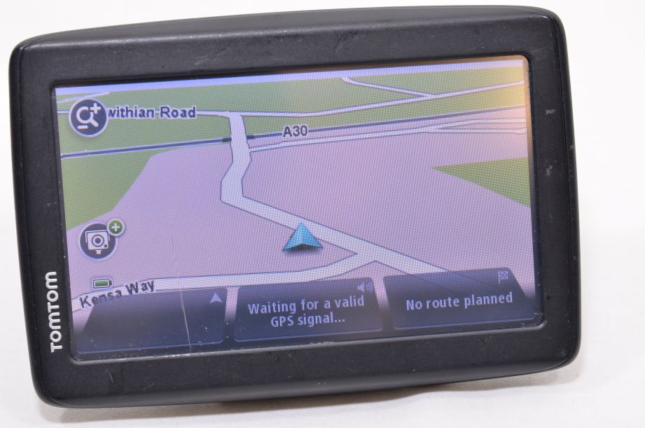TomTom Start 20 GPS Sat Nav 4EN42 Z1230 - Western Europe Maps