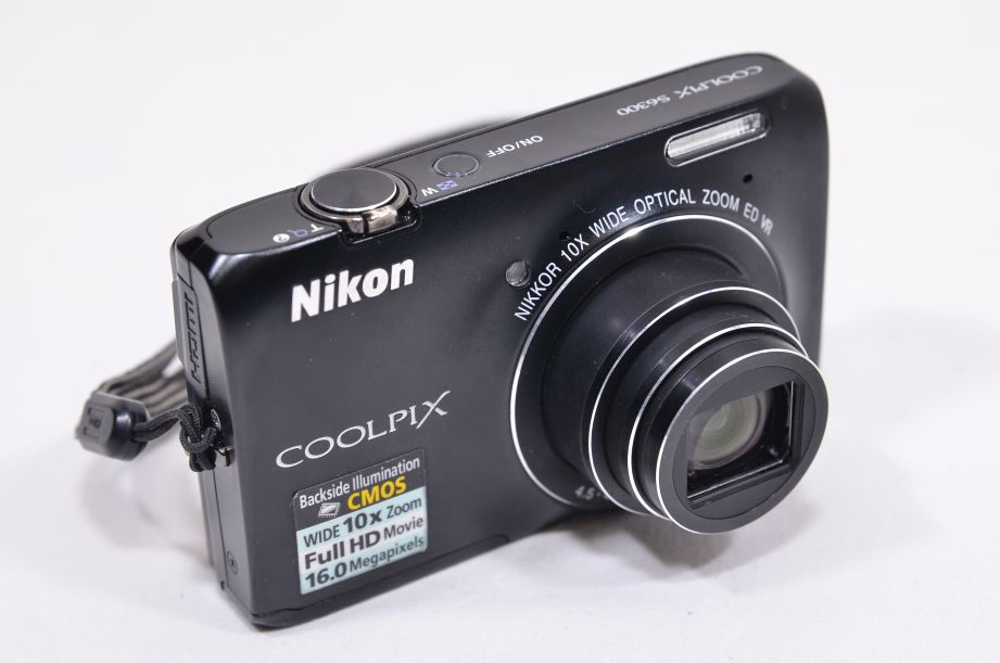 Nikon COOLPIX S6300 16.0MP Digital Camera - Black & 8GB SD Card 2
