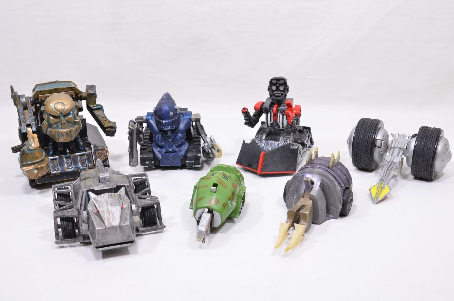 7 BBC Robot Wars Pullback Toys by Logistix - Mr Psycho, Growler, Stinger, Refbot