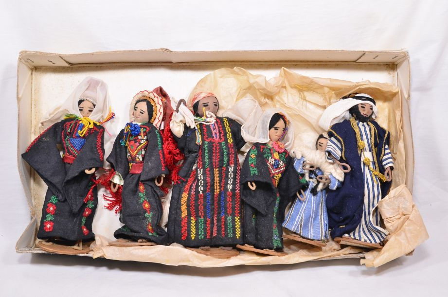 Set x 6 Vintage 1960s Handmade Dolls/Figures from UN Refugee Camp Jordan